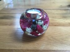GLASS CANDLE HOLDER WITH FLORAL DESIGN OF REAL AND  SILK FLOWERS - BALL SHAPED