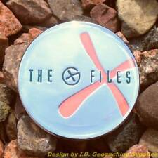 X-FILES Themed Geocoin - Christmas Glow Version (Trackable+icon)