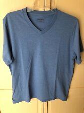 UNTUCKit Men's V-Neck T-Shirt Light Blue Large
