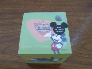 Disneyland 50th Anniversary Note Pad Cube w/Pen Holder Memo Paper Mickey Mouse