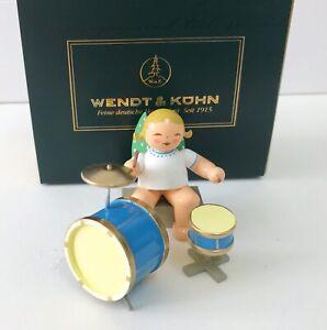 Wendt & Kühn Engel mit zweiteiligem Schlagzeug