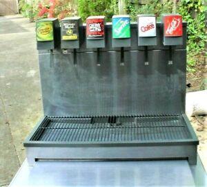 6 Flavor Soda Fountain Beverage Dispenser Cornelius CB2323 With Ice Bin &Cabinet