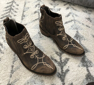 Old Gringo Pull On Ankle Booties Brown Leather With Beige Stitchjng Size 8.5