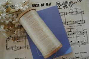 ANTIQUE FRENCH HUGE SPOOL FINE IVORY WHITE SILK GOLD METAL TWIST SEWING THREAD