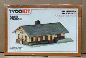 NEW  Tyco HO building kit # 7761  Arlee Staton