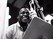 MUSIC MILES DAVIS JAZZ MUSICIAN PHOTOGRAPH BLACK WHITE PORTRAIT POSTER LV10420