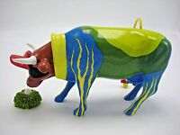Collectible Cows on Parade Figurine Golf Caddie ForeCowddie Golf Ball & Grass