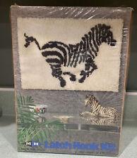 New Listinglatch hook kit (rug, picture, pillow Zebra 18x24