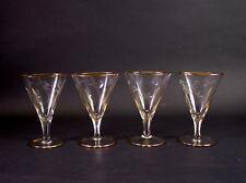 -4- feine Cocktail-Gläser / Martinigläser 1930er/50er Jahre - Schliffdekor