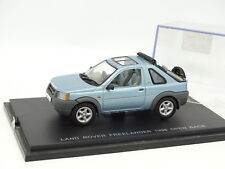 UH Universal Hobbies 1/43 - Land Rover Freelander 1998 Open Bleue