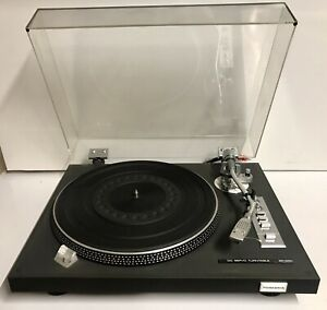 Vintage Toshiba SR-250 Belt-Drive Semi-Automatic Turntable (Made in Japan)