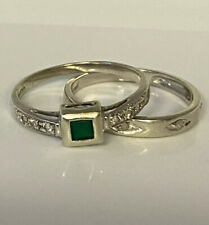 Stunning, Solid 9k Gold Emerald & Diamond Ring & Diamond Band Set ~ 3.1 grams 💎