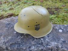 Wehrmacht Stahlhelm M 42 restauriert ohne Innenfutter mit Kampfschaden