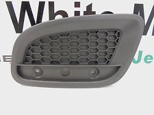 12-17 Fiat 500 New Honeycomb Applique Rear Right Reflector Mopar Genuine Oem