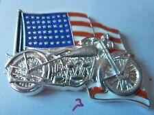 BIG  PIN'S MOTOS /   HARLEY DAVIDSON  INDIAN  / DRAPEAU AMERICAIN  /  SUPERBE