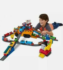 Thomas th Tank Train Track Trackmaster take along minis Set 2-in-1 Vehicle Truck