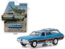 1972 OLDSMOBILE VISTA CRUISER VIKING BLUE 1/64 DIECAST CAR BY GREENLIGHT 29950 D