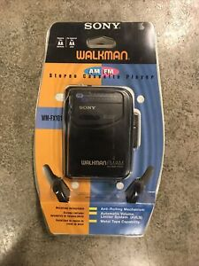 Sony Walkman FM/AM WM-FX101 Radio Cassette Tape Player