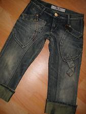 Take Two ♡ Damen Capri Jeans ♡ W25 ♡ Mod. Ruby ♡ wie Neu ♡ Golden Up ♡