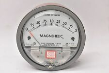 Dwyer Series 2000 Magnehelic Differential Pressure Gauge 2002