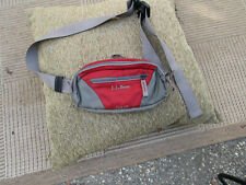 LL BEAN Fanny Pack Hiking Trail 125 Pouch Red /Grey