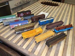 H.O Train Lot Tyco, Hotco, Bachmann, Boxcars, Santa Fe 🔥🔥