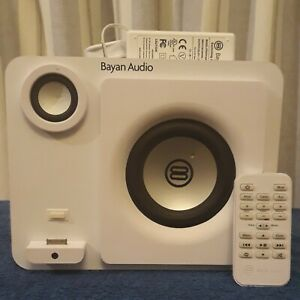 Bayan Audio 3 Speaker Doc for iPod/iPhone. White, Aux, USB & Remote. Tested.