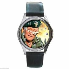 JOHN WAYNE THE GREEN BERETS Round Silver Metal Watch Leather Band