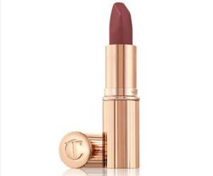 Charlotte Tilbury Pillow Talk Matte Revolution Lipstick - Medium