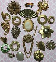 Vtg Retro Lot Of 22 Gold Tone Rhinestone Enamel Faux Pearl Brooch Pins-Estate