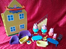 Peppa Pig Fold Up & Carry House & Figures Accessories 2003 Mummy Daddy Furniture