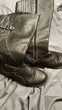 Clarks womens  Black leather boots size 8.5 mid calf height wide calf
