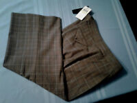 "NEW BCBG MAXAZRIA Stretch Capri Cropped ""Collin"" Plaid Dark Camel Womens 4 NWT"