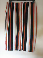 ( NEW WITH TAGS)  WOMEN'S STYLISH WALLIS SKIRT ZIP  SIZE 14 LENGTH 28 INCHES