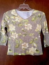 Women's White Stag Small 4/6 Floral Print Embellished V-Neck T-Shirt