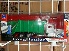 1/32 NEW RAY KENWORTH W900 GARBAGE TRUCK GREEN AND WHITE