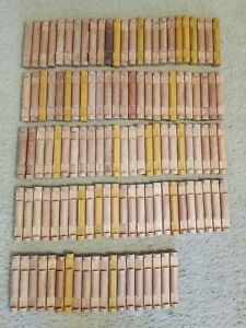 """Lot Of 119 2 Notch 4.5"""" Lincoln Logs"""