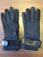 Pair of Neoprene Gloves in Black - Size Small