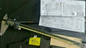 "Mitutoyo 500-193-20/30 0-300mm/0-12"" Absolute Digital Digimatic Vernier Caliper"