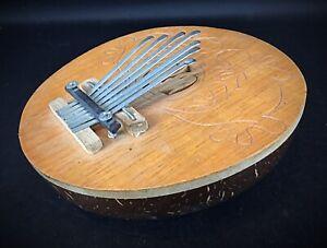 Kalimba instrument de musique à 7 lames sur noix de coco gravée