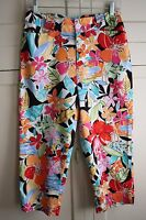 Women's White Stag Size 6  Floral Colorful Cropped Capri Pants