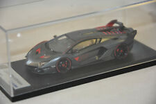 LOOKSMART LOOLS495 -  Lamborghini Aventador SC 18 Alston Gris Metal  1/43