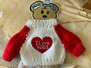 "Bear Sweater with Heart ""I Love Hugs"" by Darice"