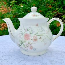 Windsor Teapot with Sweet Pea and Cornflower Floral Spray Motif
