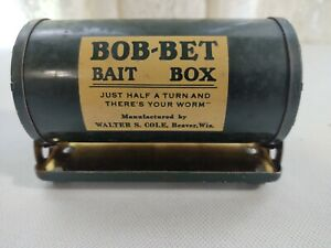 Vintage Walter S. Cole Bob-Bet Bait Box