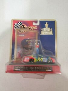 Winners Circle Special 1997 Championship Collectible Jeff Gordon #24