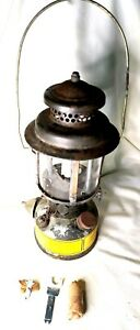 VINTAGE US MILITARY ARMSTRONG LANTERN 1978 COLEMAN INCLUDING SPAIR PARTS & TOOL