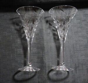 Pair of RCR Royal Crystal Rock Laurus Leaf Pattern Champagne/Cocktail Glasses