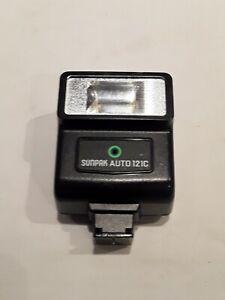 Sunpak Auto 121 S 35mm SLR flash