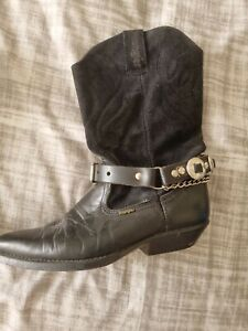 VINTAGE Wrangler Women's Black Suede Western Boots with strap Size 5